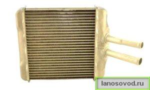 Медный радиатор на шевроле ланос