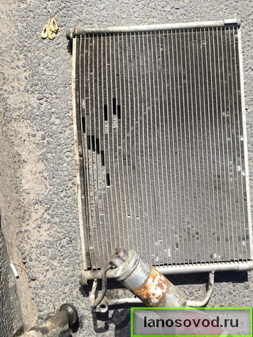 Снять радиатор кондиционера Ланос
