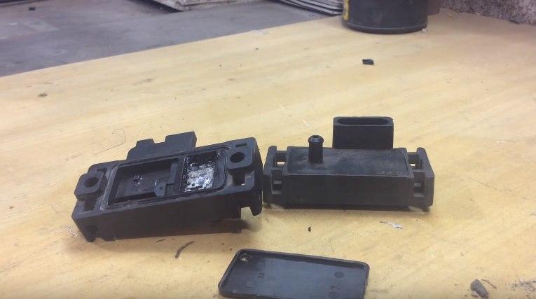 Ремонт и очистка датчика абсолютного давления ланос
