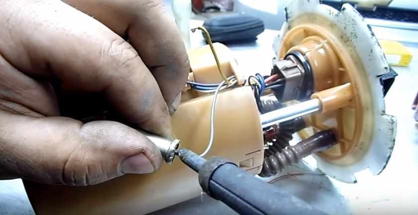 Припаять контакт резистора ДАУТ
