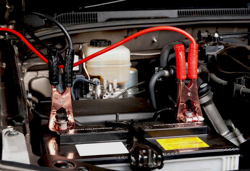 Как прикурить машину безопасно
