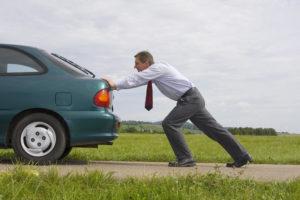 Завести машину с толкача почему небезопасно